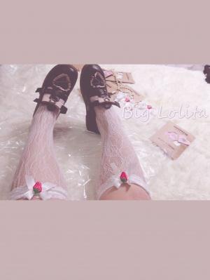 Plus Size Strawberry Lace Socks by Big Lolita