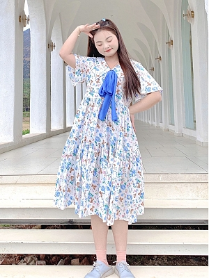 Plus Size Bear and Flower Pointed Collar Short Sleeves Floral Print Dress by Cheese Day
