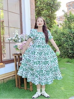 Plus Size The Wizard of Oz Square Neckline Short Puff Sleeves Wave Point Dress  by Cheese Day