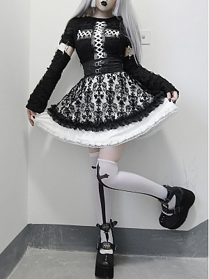 Gothic Round Neckline Long Sleeves Broken Hole Top / Puffy Skirt Full Set by Blood Supply