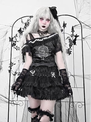 Pray for the Night Gothic Oblique Shoulder Short Puff Sleeves Lace Top