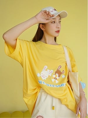 Sanrio Authorized Sugarbunnies Round Neckline Short Sleeves Print Loose T-shirt by Dear Chestunt