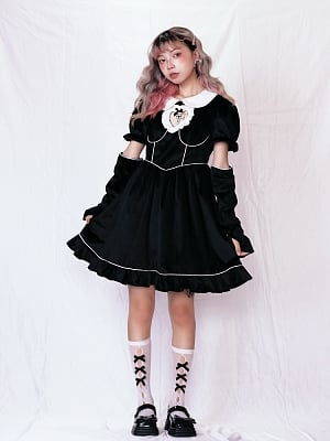 Gothic Peter Pan Collar Short Puff Sleeves Heart-shaped Hollow Dress with Gloves