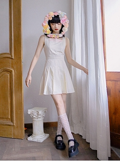 Absurd Garden JK Square Neckline Sleeveless Pleated Dress by Day to Day