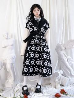 Black and White Flowers Lapel Collar Long Sleeves Vintage Woolen Coat