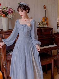 Itoen on the Moon Vintgae Square Neckline Long Sleeves Dress
