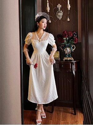Gone with the Wind Vintgae V-neck Short Puff Sleeves Dress with Brooch by Lians Collection