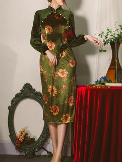 Akutagawa Vintage Stand Collar Long Sleeves Velvet Side Slit Print Qi Dress by Miss Egg