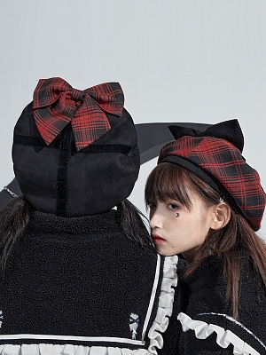 Big Bowknot Decorated Plaid Beret by Moon Faust