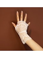 Vintage White Hollow Lace Half-finger Gloves by Mr Yi's Steamland