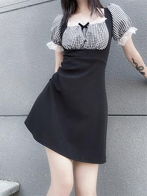 Square Neckline Short Puff Sleeves Dress by Rose and Smoker Gun
