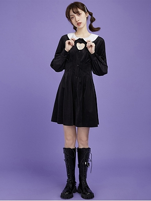 Gothic Heart-shaped Hollow-out Peter Pan Collar Long Sleeves Velvet Short Dress by Sagi Dolls