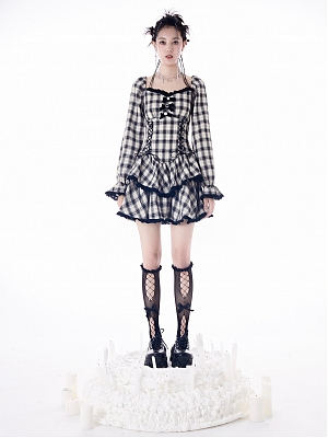 Blue and White Plaid Square Neckline Long Sleeves Tiere Skirt Dress