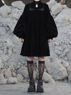 Gothic Rose Thorns Stand Collar Balloon Sleeves Embroidered Dress