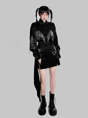 Punk Long Sleeves Metal Tassel Decorative Pearlescent Shirt by YUBABY